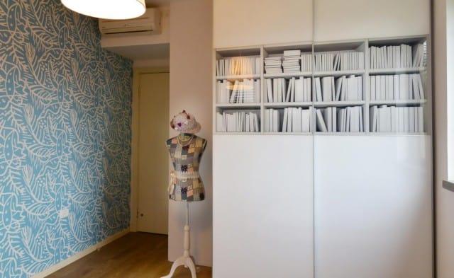 חדר ילדים מעוצב בצבעי תכלת ולבן
